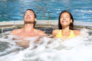 Wellness in Lippstadt Hotels Whirlpool für Hotelgaste entspannen