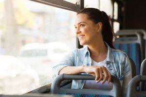 (michaeljung/Shutterstock.om) bequem Zug und Bus fahren ab Bahnhof Lippstadt - Unterkünfte in der Nähe schnell und einfach buchen