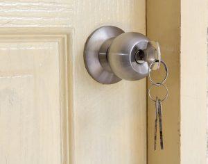 (jpkpro-designer/Shutterstock.com) der Schlüssel zum passenden Budget-Hotel in Lippstadt - Agentur für Zimmervermittlung