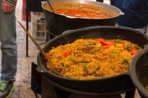 (Viacheslav_Nikolaenko/Shutterstock.com) Köstlichkeiten aus aller Welt
