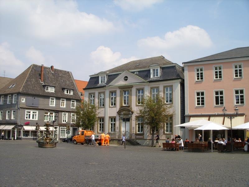 Brunchen direkt am Rathausplatz in Lippstadt - Unterkünfte in der Nähe der Innenstadt Lippstadt schnell, einfach und kostenlos finden