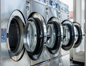(Shutterstock.com/Pung) Kein Wäsche waschen im Hotel möglich? Kein Problem mit der Waschbar in Lippstadt